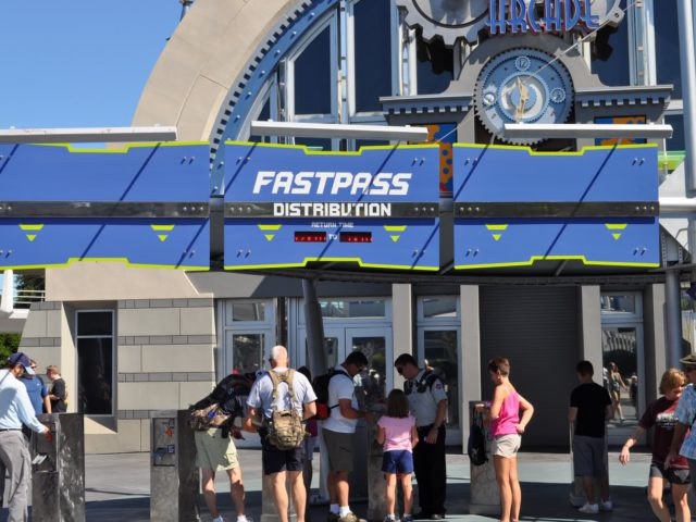 How to Avoid the Lines Using Disney's FastPass+