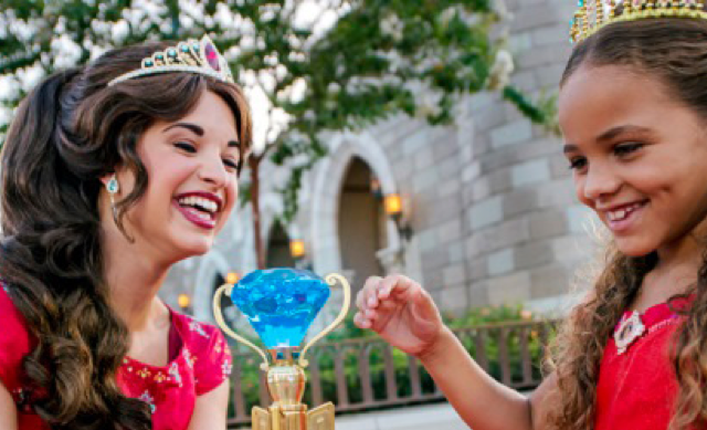 CELEBRATE AN INCREDIBLE SUMMER WITH A FUN-FILLED FAMILY VACATION PACKAGE