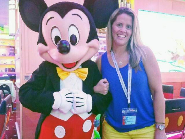 Meet SWBF Travel Agent, Elizabeth Stevens